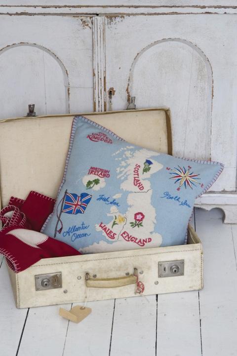 british-isles-cushion