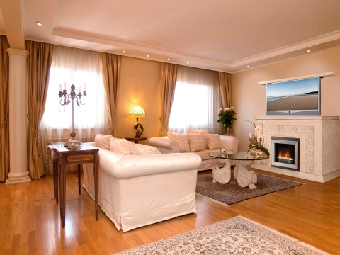 corvado-tv-fireplace-in-room-setting