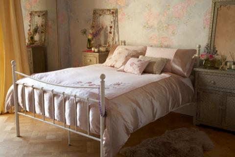 Elspeth Gibson Delicate rose duvet set, £30, Tesco