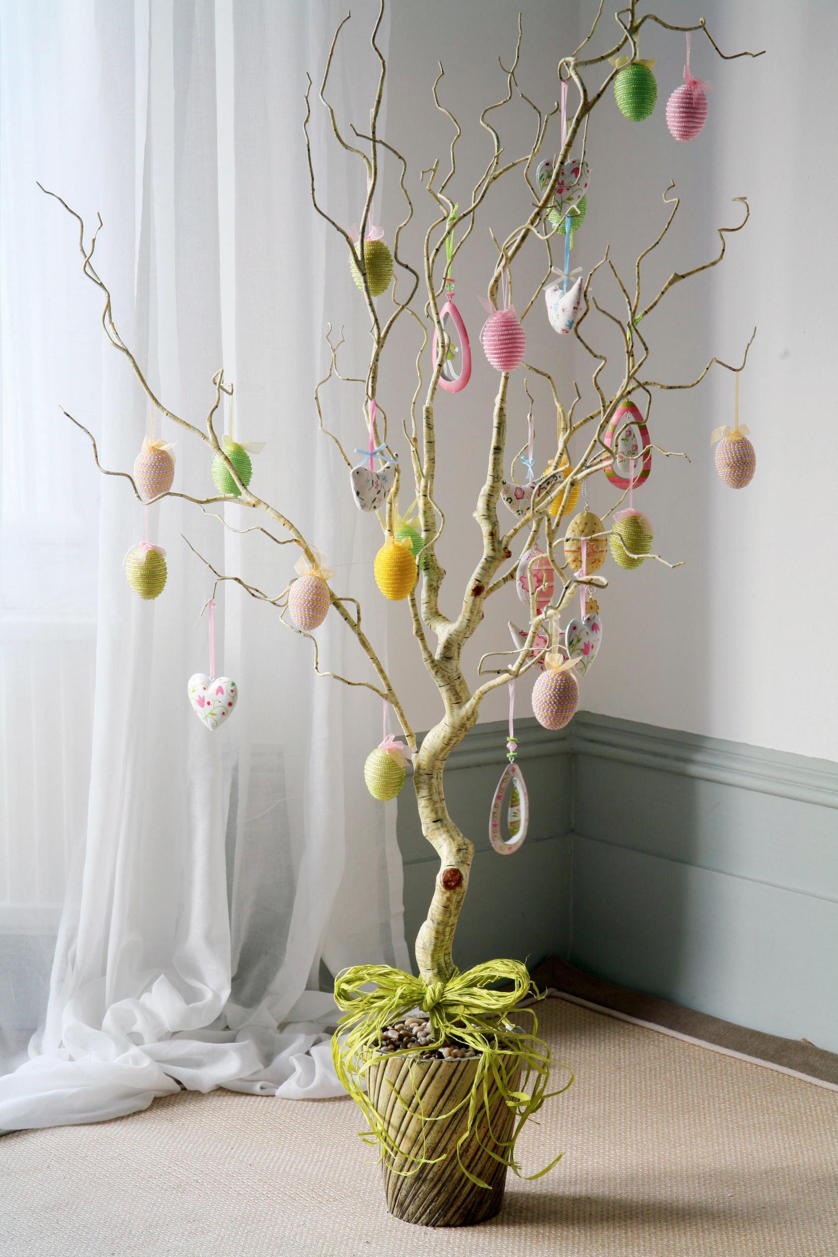 ALEX M LYNCH Easter Decoration Ideas